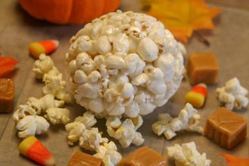 Autumn popcorn ball