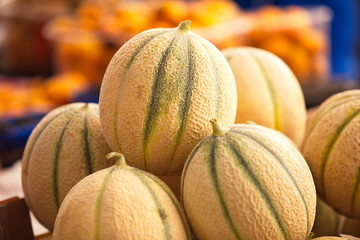 Italy, Sicilia, Siracusa: melons in  the food market  Fototapete