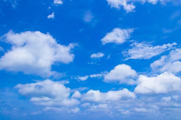 沖縄石垣島 夏の青空
