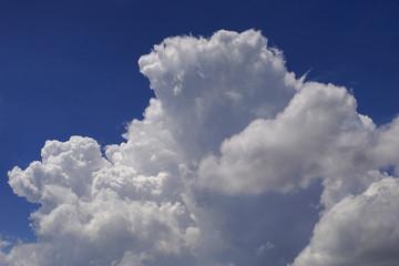 closeup cloud with blue sky