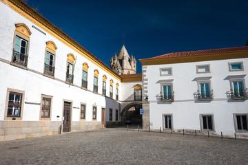 Evora évora centre vieille ville bibliothèque publique et musée