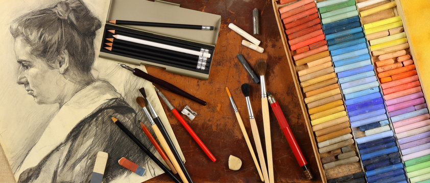 Panorama, accessories and tools of a graphic artist