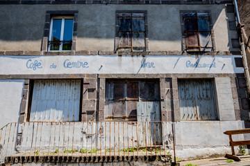 Dans les rues de Murol