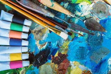 oil paints, palette, art paint brushes