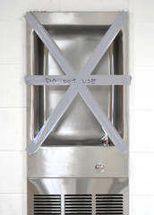 do not use sign on drinking fountain