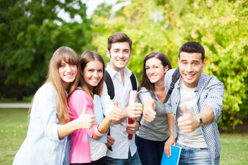 Students thumbs up