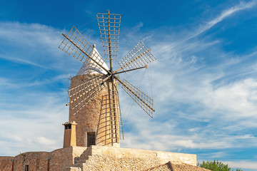 Windmill  |  Mallorca  |  9323