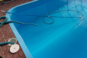 vacuum cleaner for the pool, clean up and care for the bottom of the pool. collect, absorb garbage and dirt. automatically takes away particles from the bottom and sides of the vacuum