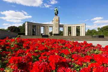Soviet War Memorial (Tiergarten) Commemorating the Soldiers of the Soviet Armed Forces Who Died...