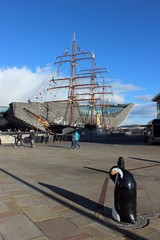 RRS Discovery and the V&A Museum, Dundee.
