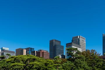 (東京都ー都市風景)内堀通り側から望む丸の内オフィスビル13