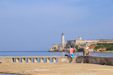 Havana, Castillo de los Tres Reyes del Morro, Malecon, People