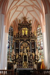 Innenraum der Basilika St. Michael in Mondsee im Salzkammergut.
