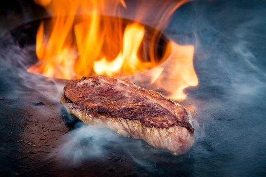 Steak auf der Feuerplatte