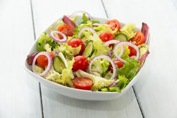 Fresca insalata mediterranea