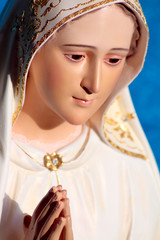 Mother Mary of 100 miracles statue close up