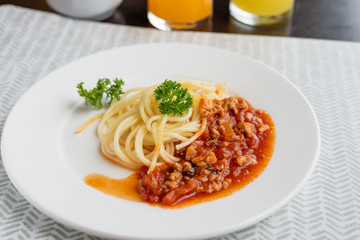 Spaghetti with meat souce