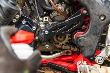 Deurstickers Motorsport Lubricating motorcycle chain
