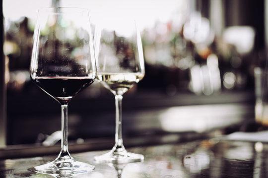 WineGlassesOffset