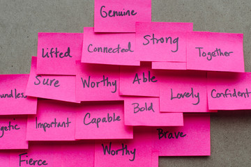 Post-it notes with positive adjectives