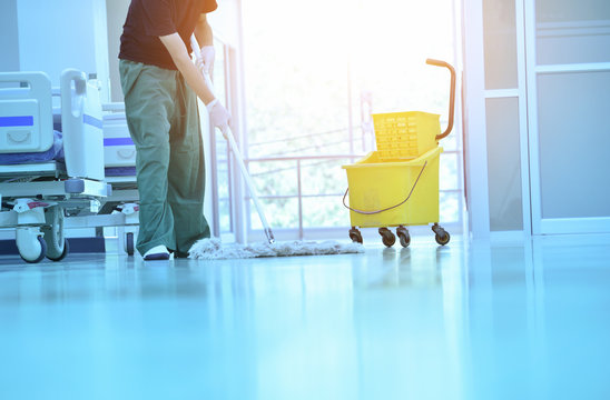 People clean flooring and clean with lint-free cloth towels or clean hospitals in Asia.