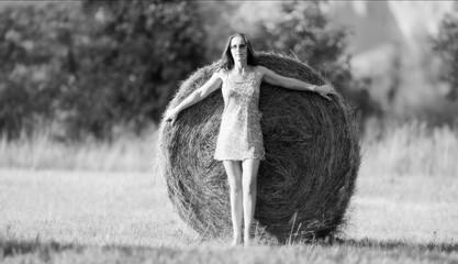 bella donna mini abito e tacchi alti