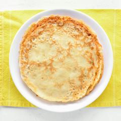 Thin pancakes, sweet crepes.