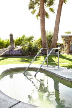 Hot Tub at luxury hot springs resort in Palm Springs, California