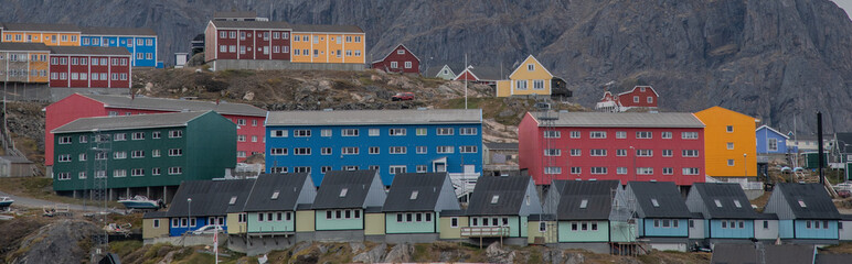Bunte Häuser in Sisimiut in Grönland