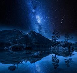 Fototapete - Milky way and falling stars at Hintersee lake, Alps, Germany