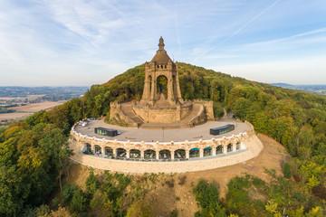 Kaiser-Wilhelm Denkmal aus der Luft, Minden, NRW, Deutschland
