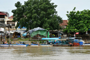 Fotobehang Indonesië Kampong Chhnang; Kingdom of Cambodia - august 21 2018 : picturesque village