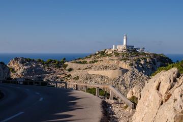 Straße zum Leuchtturm am Cap de Formentor auf Mallorca
