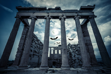 Spoed Fotobehang Bedehuis Erechtheion temple on Halloween in full moon, Athens, Greece