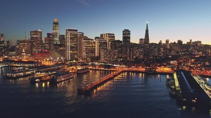 Fototapete - Aerial Cityscape Flythrough of San Francisco with Holiday City Lights, California, USA