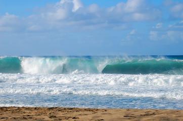 Autocollant pour porte Eau Breakers and Curls form Wave Action on Kauai