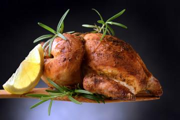 Pollo arrosto Brathähnchen Roast chicken ft81090551 жареный цыпленок sült csirke pieczony kurczak poulet rôti asado stegt kylling