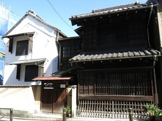 文京区の菊坂にある樋口一葉ゆかりの旧伊勢屋質店