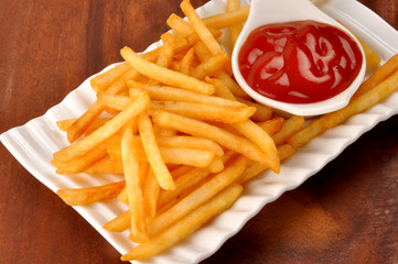 French Fries made with enriched fresh Potato coated with corn flour and salt