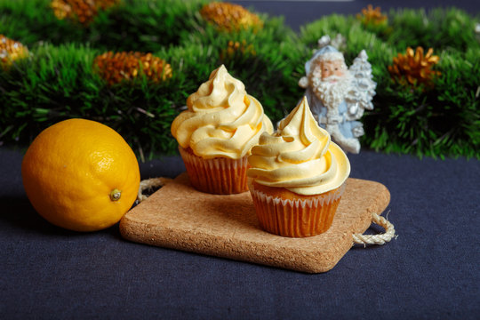 Christmas lemon cupcake 1