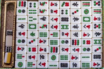 Mahjong Spiel auf ein Bolzuntergrund