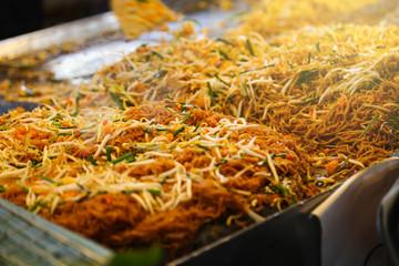 Pad Thai Goong Sod (Fried Rice Sticks with Shrimp)