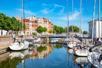 Foto auf AluDibond Schiff Historic town of Stralsund in summer, Mecklenburg-Vorpommern, Germany