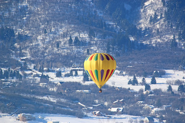Hot air balloon in the Wasatch Front, Utah