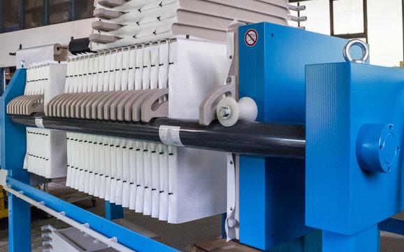 Industrielle Filterpresse mit Platten