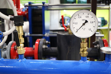 Picture of the part of the automatic fire extinguishing system. Working pressure gauge.