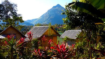 Una mattina a Phonsavan (Laos)