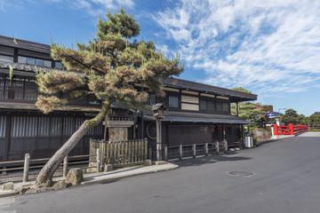 Fototapete - Old street of historical city Takayama, Japan