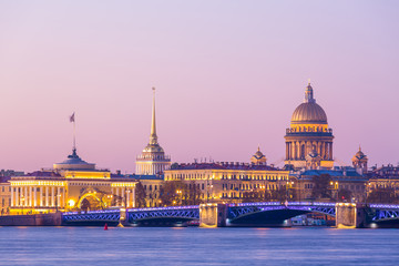 St.Isaac cathedral and Admiralty at the center and Neva river in St. Petersburg, Russia. Fototapete