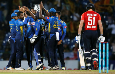 Cricket - Sri Lanka v England - Third One-Day International